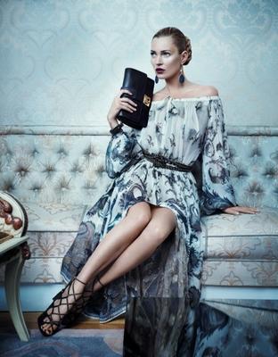 Kate Moss'tan şahane bir reklam kampanyası