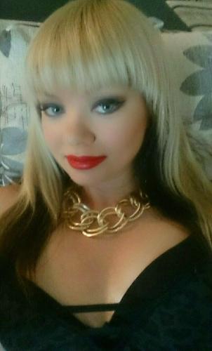 Mersin Sarışın Bayan Nurşen