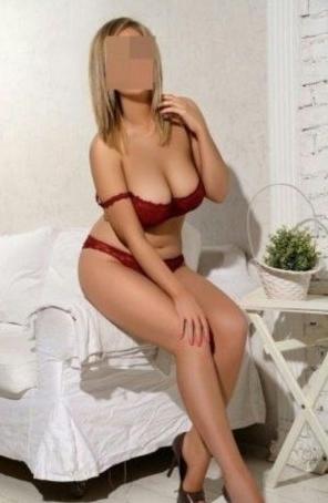 Seks kraliçası oral yapan kadın Afet
